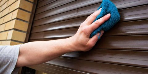 Почему рольставни нужно чистить
